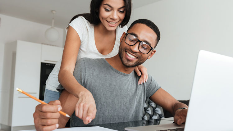Sharing Money Tasks Could Lead to Healthier Long-Term Relationships